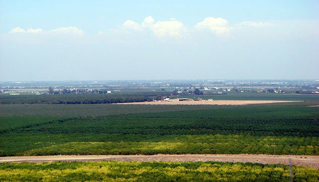California's flat, expansive and agriculturally-robust but often air-pollution-shrouded San Joaquin Valley